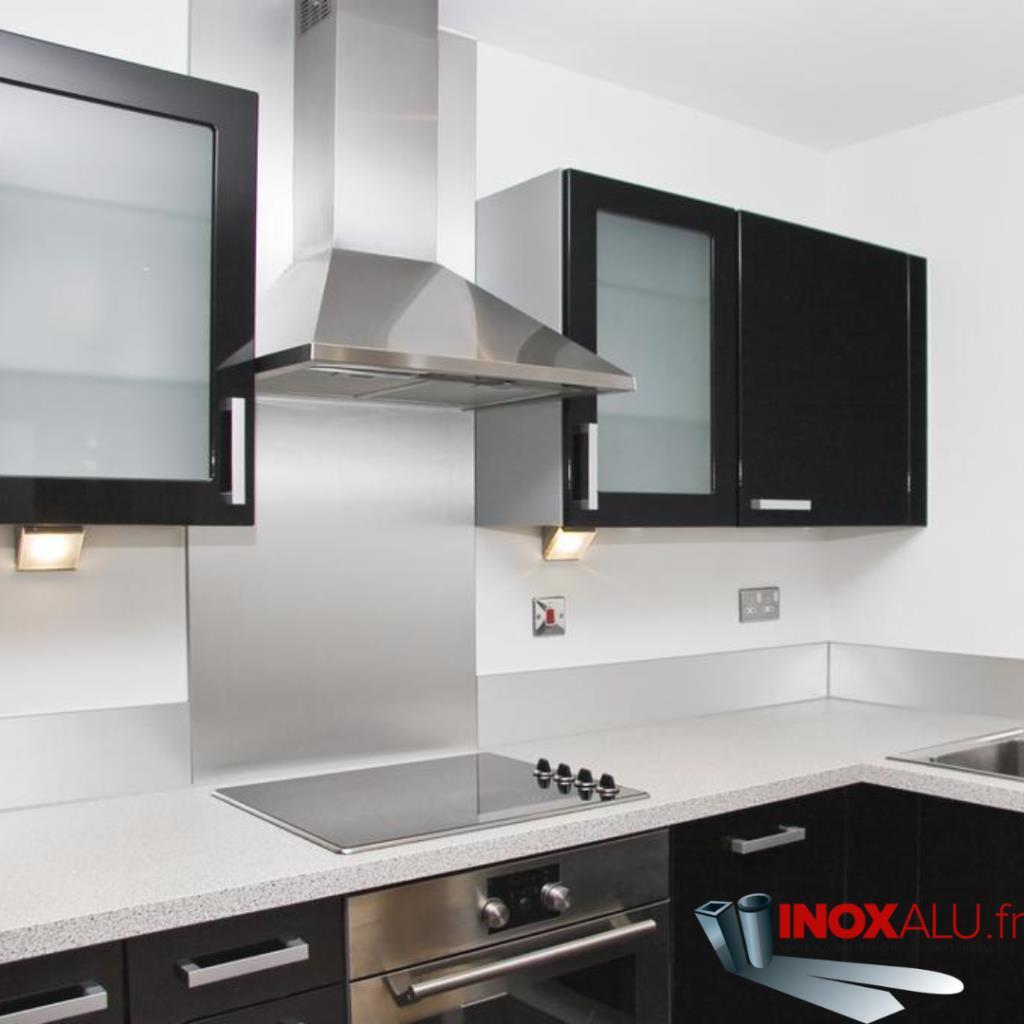 Vente de fond de hotte alu pour piano de cuisson de for Hauteur credence standard